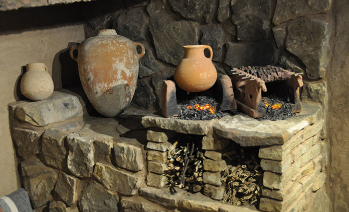 Old-testament-cooking-pots